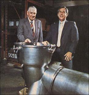Hase Smith (left) and John Sherrill December 1984